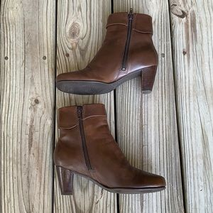 Ecco Hanna Brown Leather Ankle Boots.